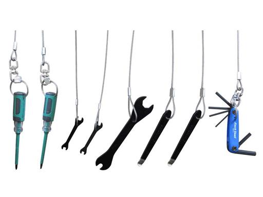 8 forskjellige verktøy følger med.