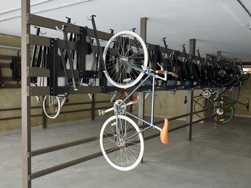 Vegghengt sykkelstativ RT1 - Frigjør veridfull gulvplass.